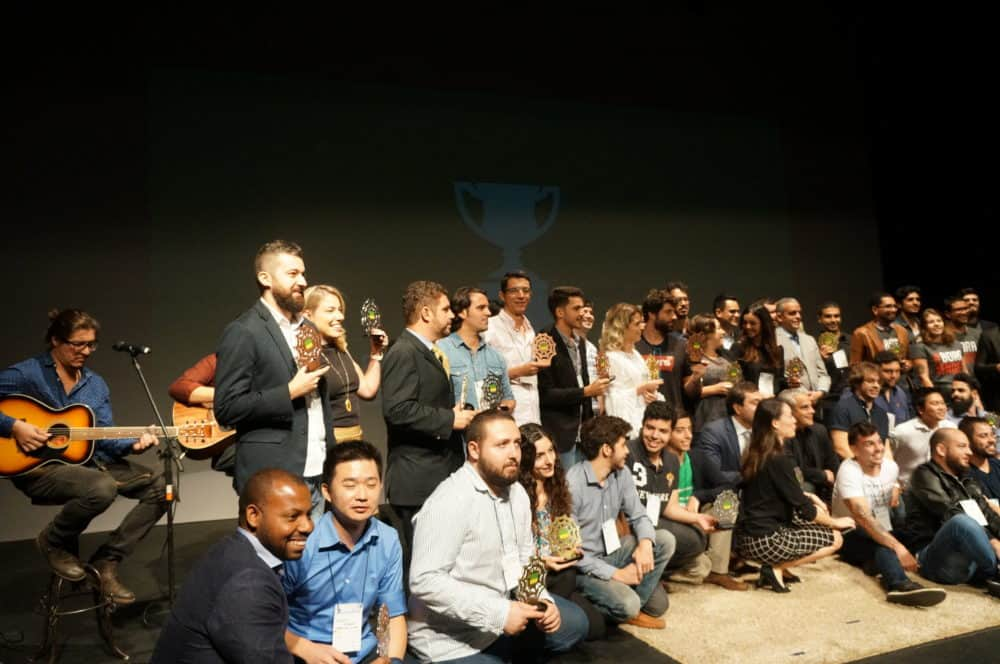 Diego Ivo representa a Conversion no prêmio ABComm