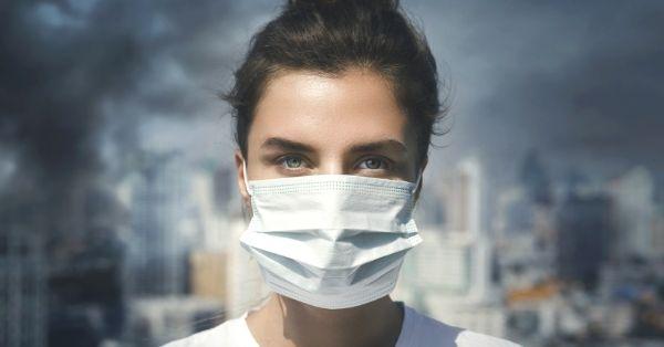 mascara-mulher